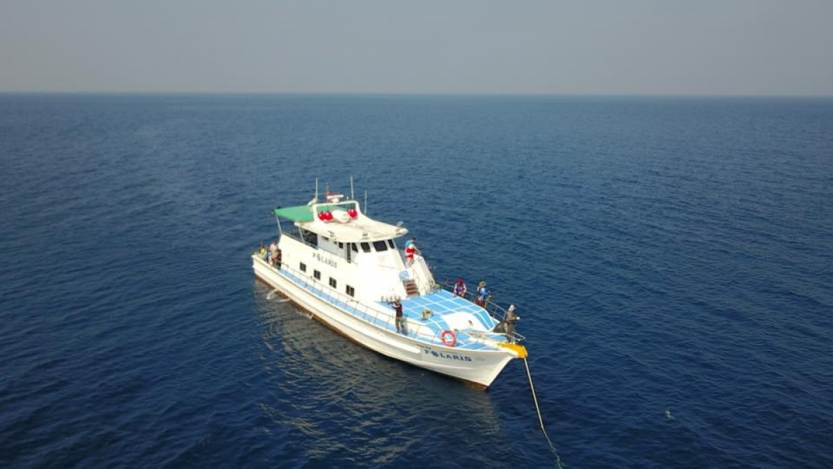 Leo Bank Andaman Sea by Polaris yacht : Captain Ekarat