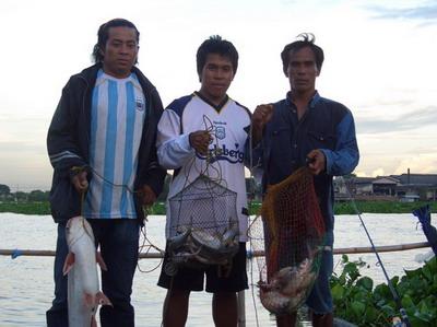 ตกปลาแพพี่แดง บางไทร