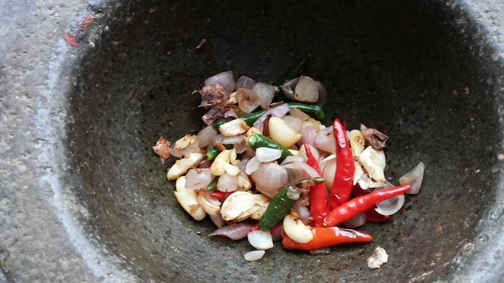 น้ำพริกปลาย่างผสมปลาร้า